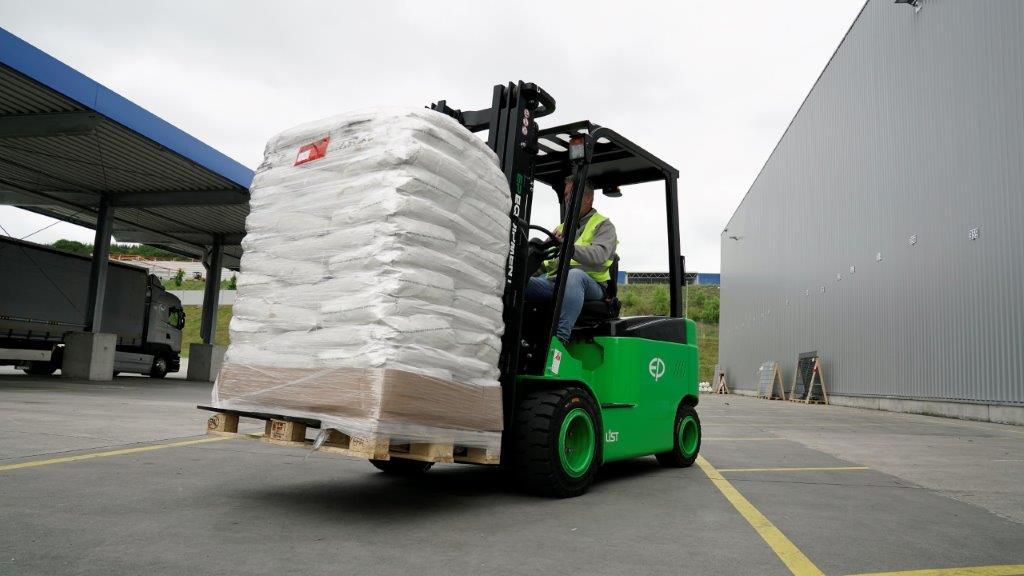 Lithium-Forklift